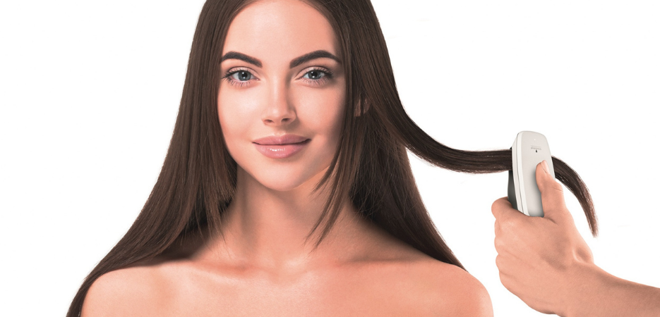 Személyre szabható hajápolás a SalonLab Analyzer és a Fibre Clinix segítségével